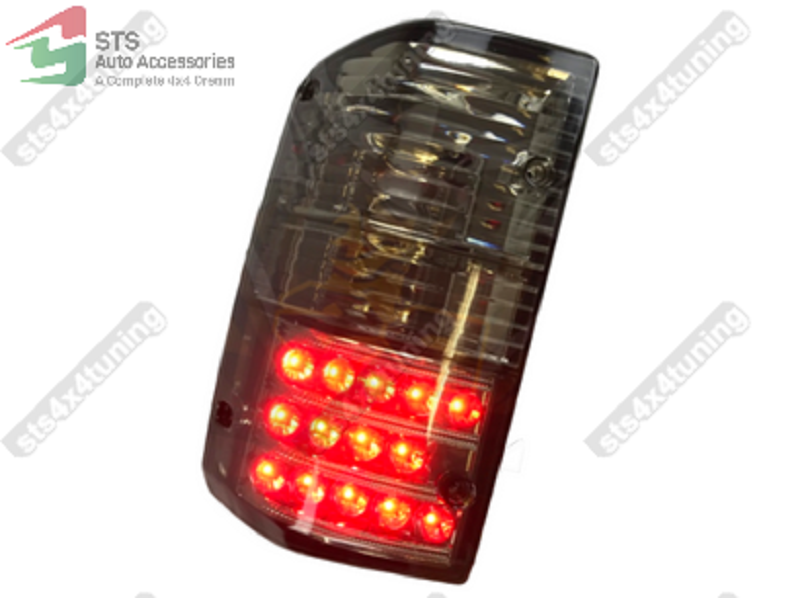 Rear Tail Signal Lights Lamp Set LED//SMOKE for Nissan Patrol GR Y60 1987-1997